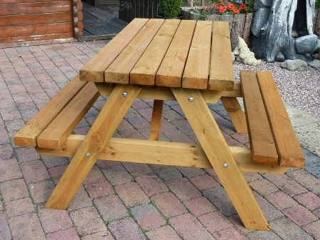 Outdoor Garden Cafe Diner Solid Hard Wood Furniture In Bangalore
